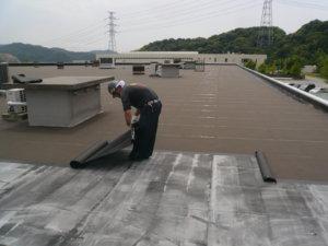 アスファルト防水 冷工法 施工場所:屋上、勾配屋根等